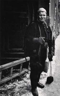 Chimney Sweep - Vienna 1965 - copyright Lisl Steiner