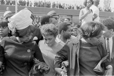 Martin Luther King aftermath 09.04.1968    - copyright Lisl Steiner