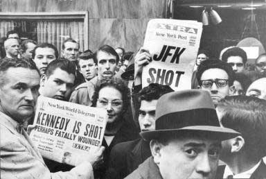 Time Square in New York after President Kennedy shot 22.11.1963 - copyright Lisl Steiner